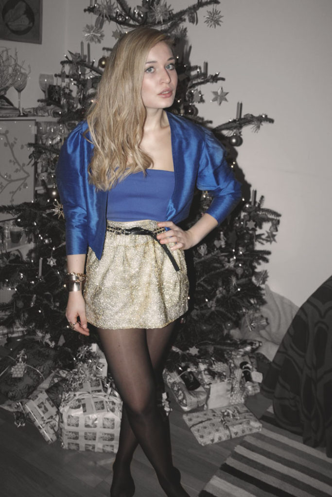 Christmas-Look-Style-Gold-Sequins-Pailetten-Fahsion-Mode-Modeblog-Blog-Blogger-Fashionblog-Deutschland-München-Munich