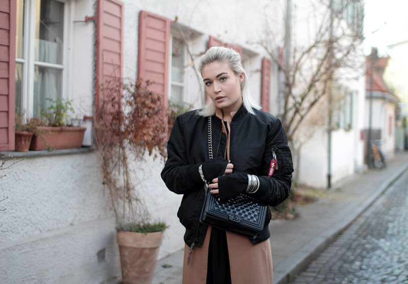 great fit 7e2d3 f399d THE ALPHA INDUSTRIES BOMBER JACKET.   Lauralamode