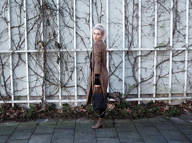 Fashion-Blogger-Mode-Fashionblogger-Modeblogger-Munich-München-Fashion-Lifestyle-Fotografie-Deutschland-Blog-Muenchen-Modeprinzesschen