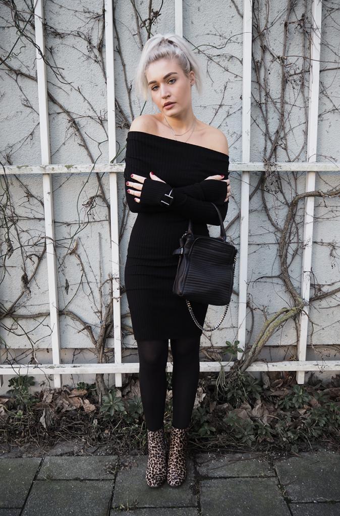 Streetstyle Fashion Blogger Off Shoulder Dress
