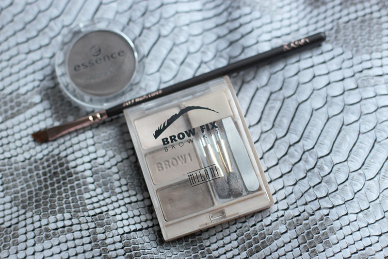 Beauty-MakeUp-Routine-Beauty Post-Blogger-Blog-Fashion-Mode-Modeblog-Fashionblog-Muenchen-Munich-Kosmetik-Benefit-Bare Minerals-Essence-Kiko-Zoeva-Alltags-Make-Up-Modeprinzesschen-Lauralamode