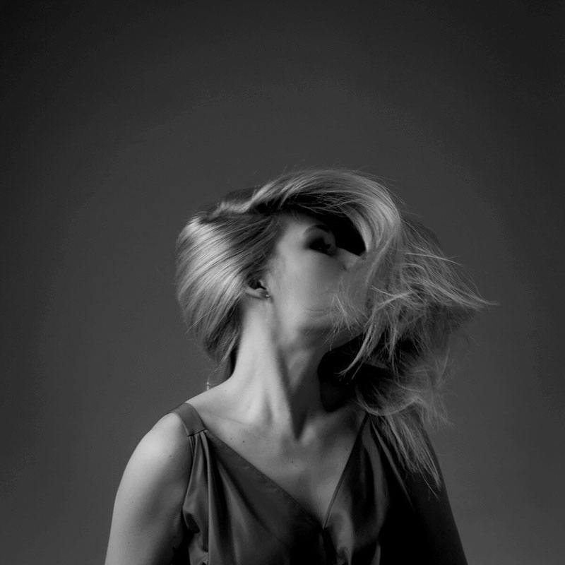 Black-White-Photography-Shooting-Random-About Me-Sunday Soultalk-Modeblog-Fashionblog-Fashion-Beauty-Lifestyle-Blog-Munich-Muenchen-Lauralamode