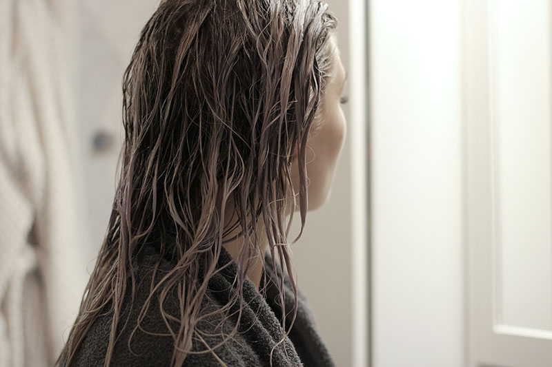 Photography-Maria Nila-Colour Refresh-Silver-Hair-Blogger-Modeblog-Beautyblog-Beauty-Haare-Grey Hair-Blog-Blogger-Lifestyle-Munich-Muenchen-Deutschland-Lauralamode