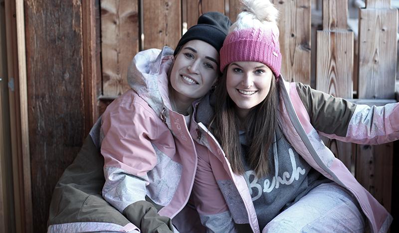 Rave on Snow-Snow-Saalbach-Hinterhag-Hinterglemm-Bench-Snowwear-Travel-Lifestyle-Blog-Blogger-Munich-Muenchen-Modeblog-Fashionblog-Lauralamode