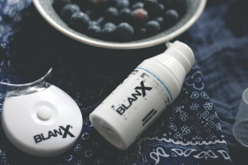 BLANX-Teeth-White-Bleaching-Bleach-Zahnbleaching-BlanXWhiteShock-Zähne-Face-Beauty-Kosmetik-Lauralamode-Beautyblog-Blogger-Munich-Muenchen