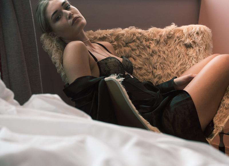 Shooting-Shoot-DMAX-Queen of the South-Lisca-Dessous-Body-Underwear-Vlog-Blogger-Modeblog-Fashionblog-Lifestyleblog-Munich-Muenchen-Lauralamode-Deutschland