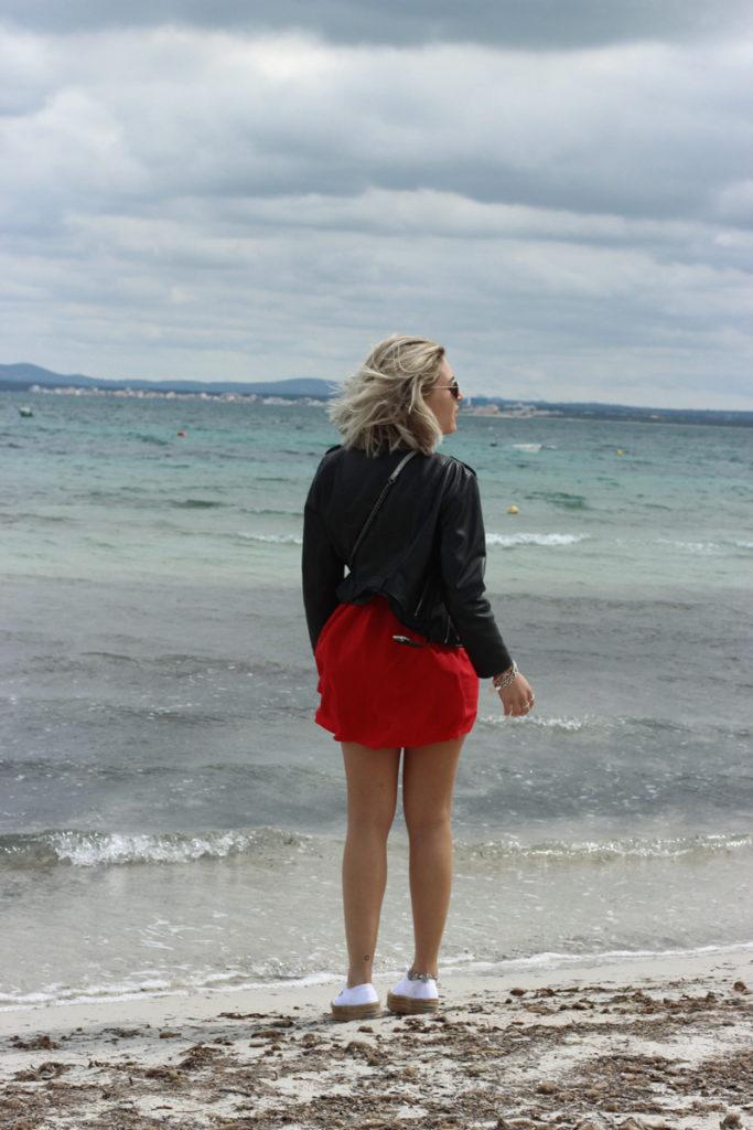 ootd-Look-outfit-Mallorca-Beach-Summer-Dress-Summerdress-Fashion-Ivyrevel-Superga-Zara-Fashionblog-Modeblog-Blogger-Blog-Mode-Lauralamode-Munich-Muenechen