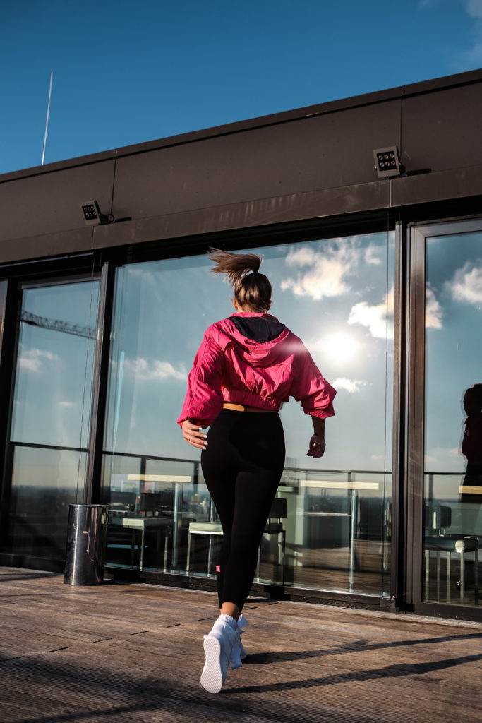 Asos-lauralamode-asos4505-sport-fitness.asos sport-munich-muenchen-reebok-fashion-footlocker-sport look-upside east-fit-fitnessblogger-blogger-fitspo-workout