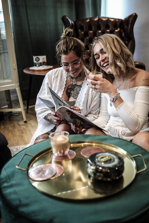 lauralamode--kaffee-lifestyle-blogger-berlin-dolce gusto-coffee-girls-me time-photography-fashionblogger-lifestyleblogger-deutschland-munich-muenchen