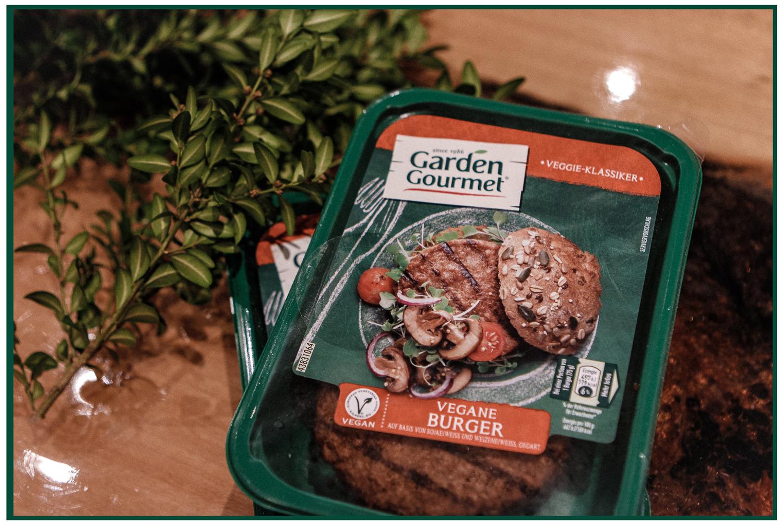 Lauralamode Garden Gourmet Food Recipe Vegan Vegetarian Veggie Rezept Dinner Christmas Dinner Veggie Low Carb Christmas Burger Berlin Munich Deutschland Blogger Lifestyle Fitness Health2