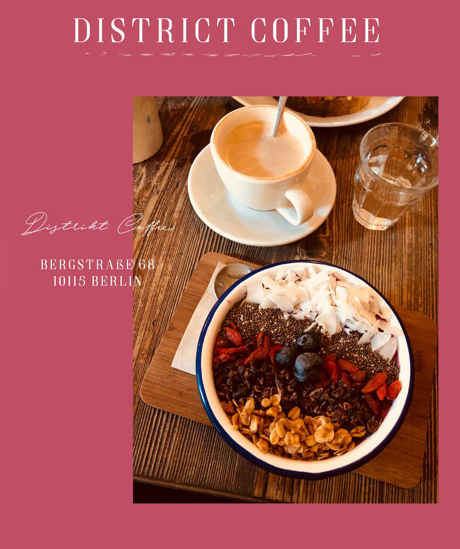 District Coffee- Distrikt Kaffee-Lauralamode Coffee Restaurant Berlin Restaurant Tipps Coffee Tipps Tour Guide Restaurant Guide Blogger Food Christmas Blogger Berlin Fashionblogger Deutschland