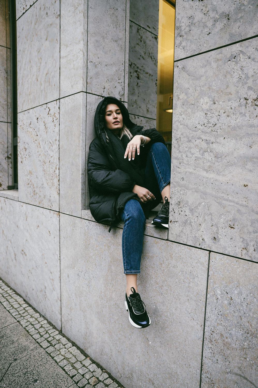 Lauralamode Outfit Look Ootd Karl Lagerfeld Zara Denim Blue Jeans Look Inspo Berlin Munich Fashionblogger Modeblogger