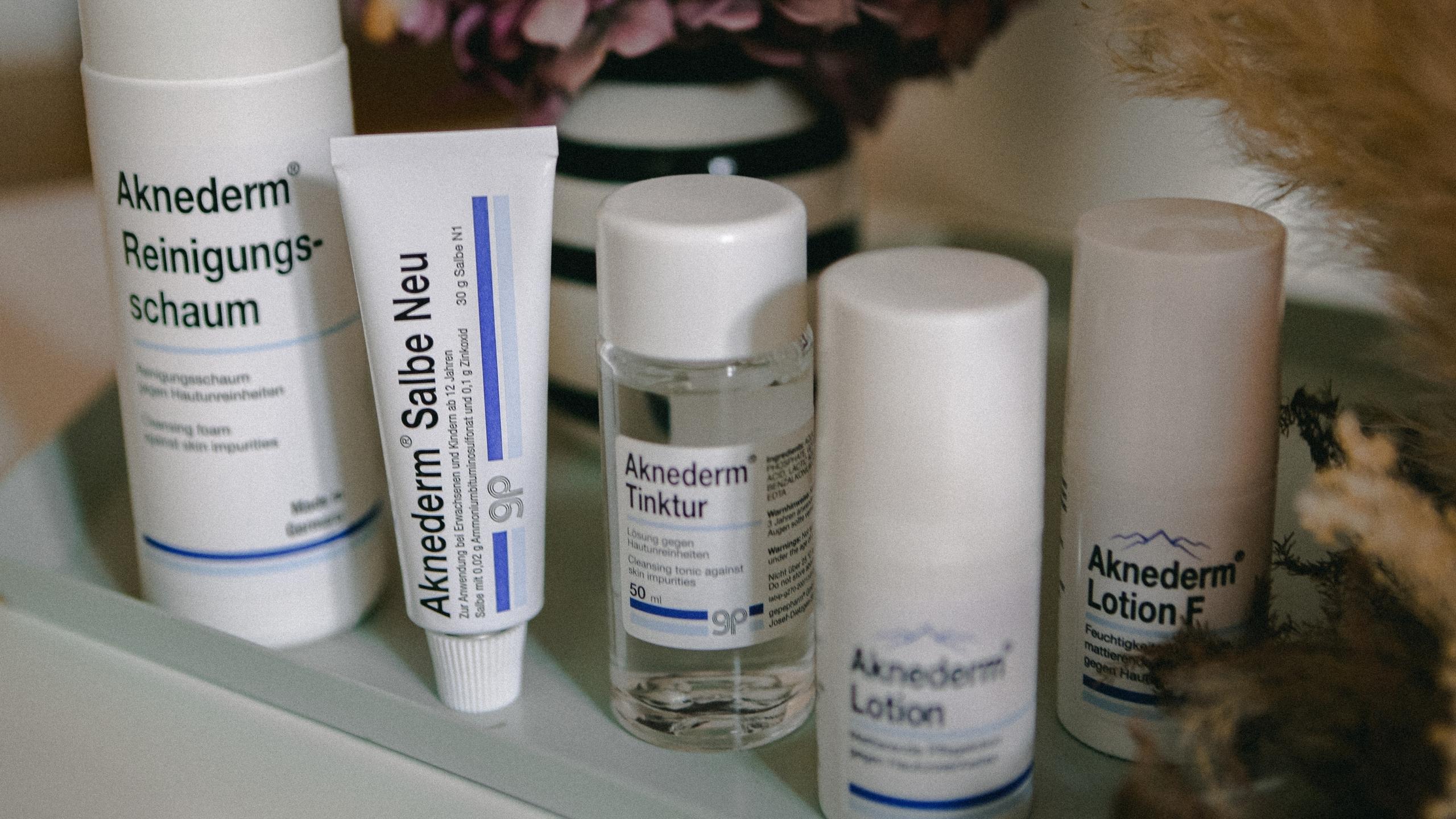 Aknederm Antipickel Pickel Pickelprodukte Anti Pickel Produkte Pimple Hautunreinheiten Unreinheiten Bekämpfen Lauralamode Beautyprodukte9